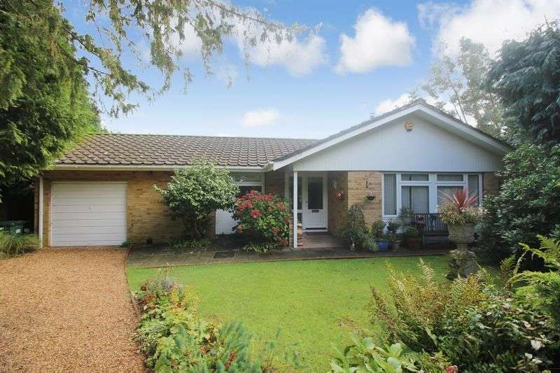 3 Bedrooms Detached Bungalow for sale in Tadworth