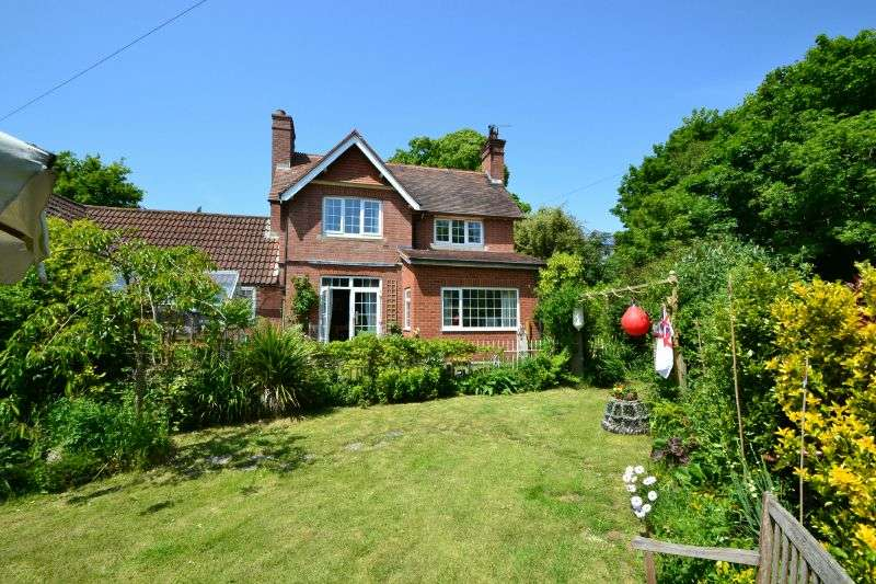 3 Bedrooms House for sale in NEWCOURT ROAD, TOPSHAM, NR EXETER, DEVON