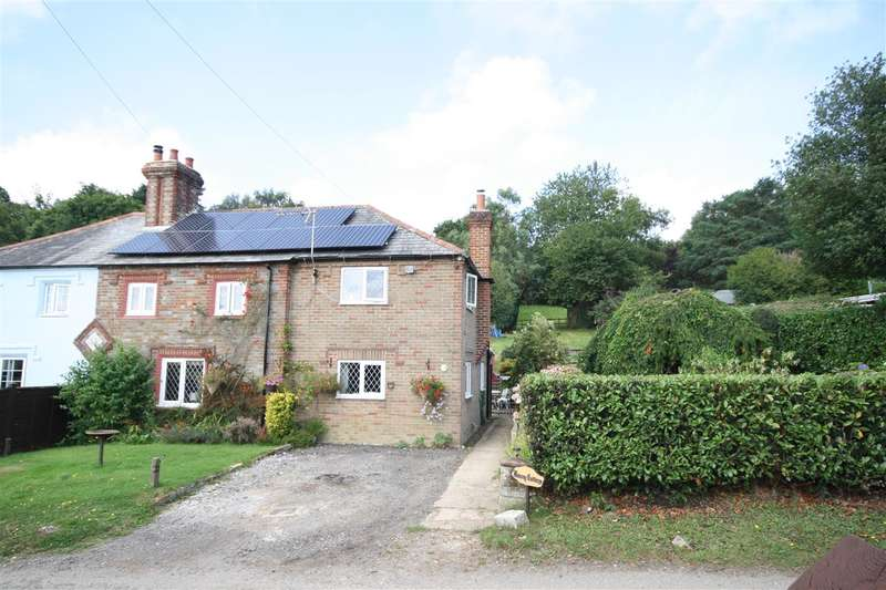5 Bedrooms Semi Detached House for sale in Hundred Acres Lane, Fareham