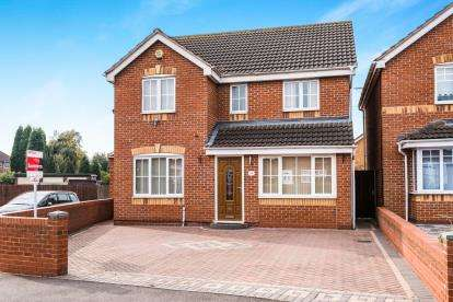 5 Bedrooms Detached House for sale in Brook Lane, Walsall Wood, Walsall, West Midlands