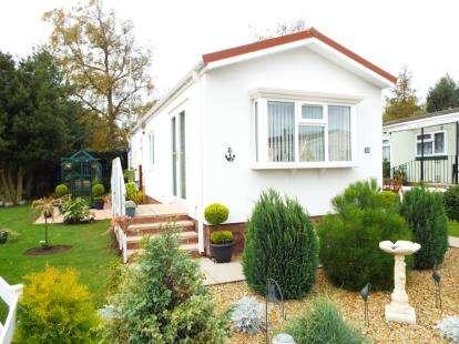 1 Bedroom Mobile Home for sale in Station Road, Snettisham, King's Lynn