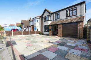 4 Bedrooms Semi Detached House for sale in Guibal Road, Lee, Lewisham, London