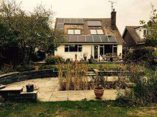 5 Bedrooms Bungalow for sale in East View Fields, Plumpton Green, Lewes, East Sussex