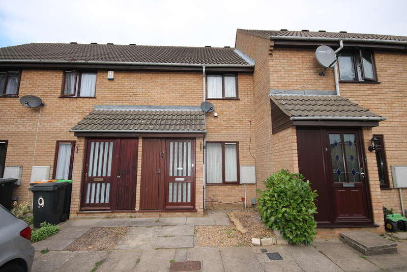 2 Bedrooms Terraced House for sale in Chesterton Mews, Bedford, MK40