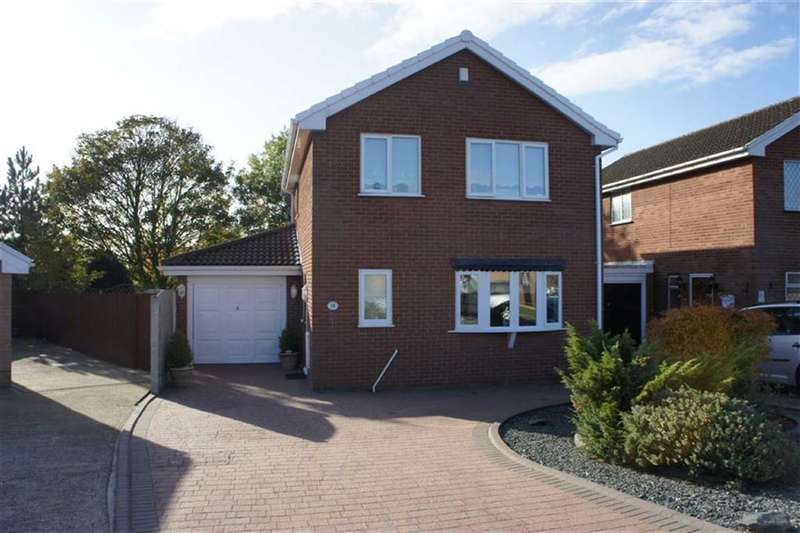 4 Bedrooms Property for sale in Redwood Avenue, Maghull, Merseyside