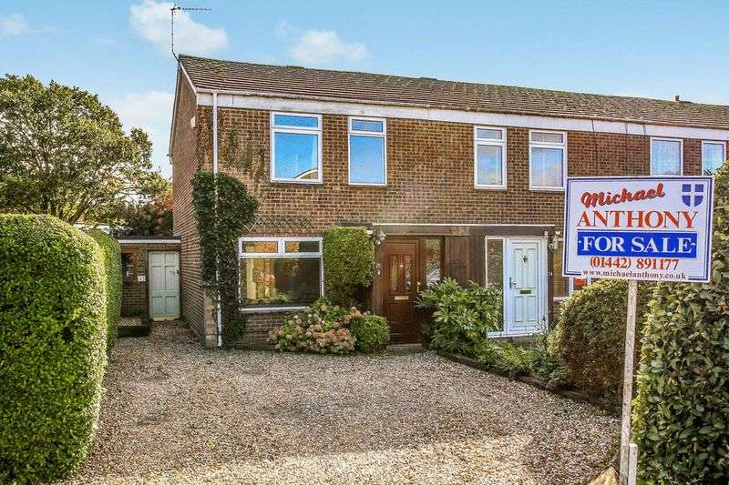 3 Bedrooms House for sale in Kingsley Walk, Tring