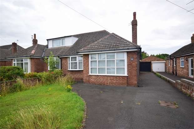 3 Bedrooms Semi Detached Bungalow for sale in Filey Road, LYTHAM ST ANNES, Lancashire