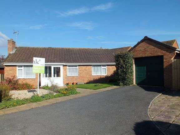 3 Bedrooms Detached Bungalow for sale in Seaton