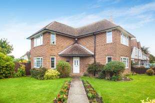 3 Bedrooms Detached House for sale in Harcourt Road, Folkestone, Kent, England