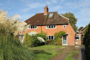 4 Bedrooms Semi Detached House for sale in Barnplat Cottages, June Lane, Midhurst, West Sussex