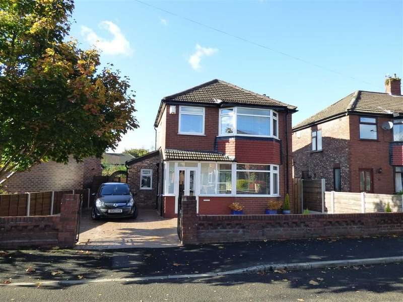 3 Bedrooms Property for sale in Ashton Crescent, Chadderton, OLDHAM, OL9