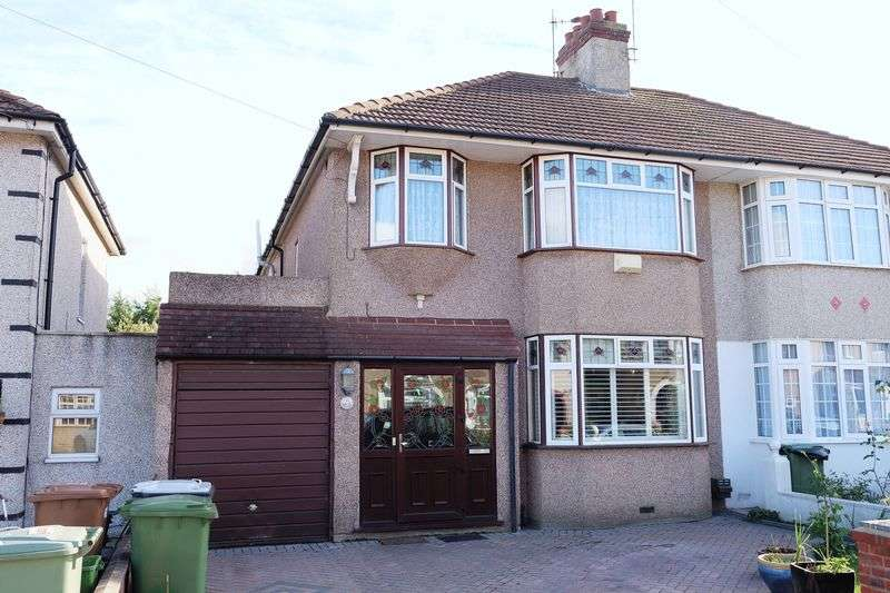 3 Bedrooms Semi Detached House for sale in Brabourne Crescent, Bexleyheath