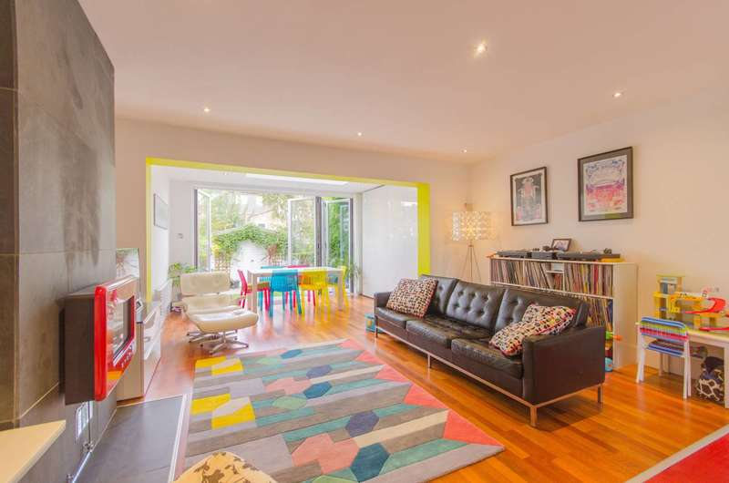 4 Bedrooms House for sale in Amott Road, Peckham Rye, SE15