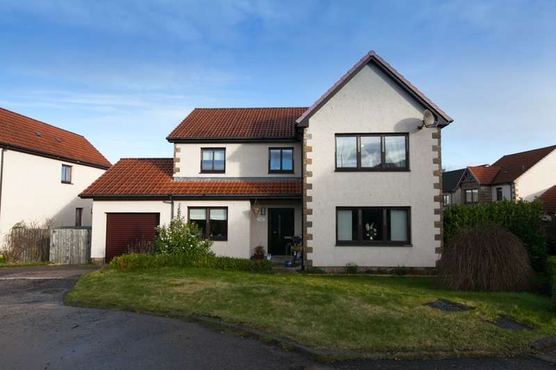 4 Bedrooms Detached House for sale in Bells Croft, Perth, Perth and Kinross, PH2