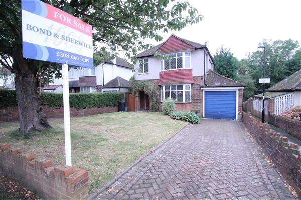 3 Bedrooms Detached House for sale in Bradmore Way