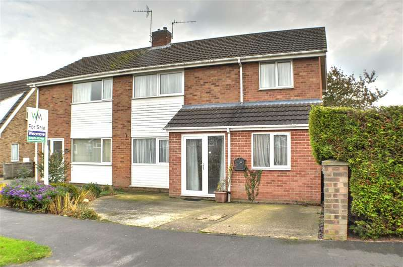 4 Bedrooms Semi Detached House for sale in York Road, Sleaford