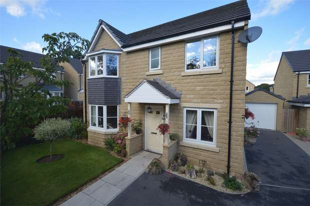 4 Bedrooms Detached House for sale in Holly Road, Scissett, HUDDERSFIELD, West Yorkshire