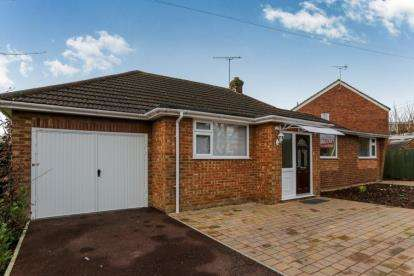 4 Bedrooms Detached House for sale in Hawthorn Avenue, Luton, Bedfordshire