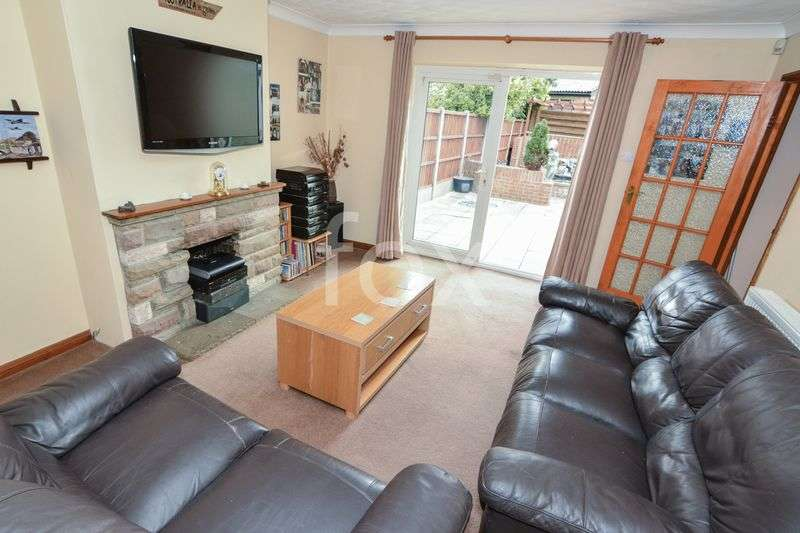 4 Bedrooms Semi Detached House for sale in ROCHFORD