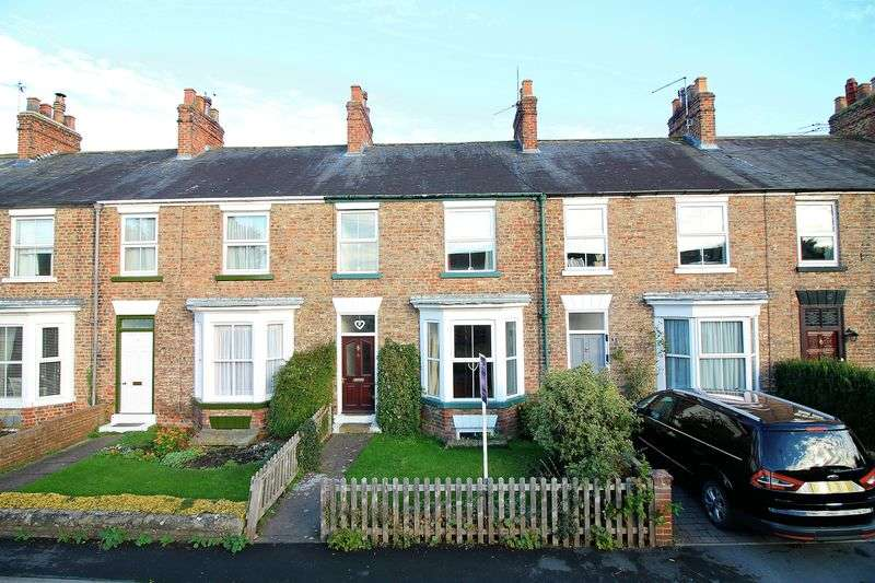 4 Bedrooms Terraced House for sale in Gladstone Terrace, Ripon