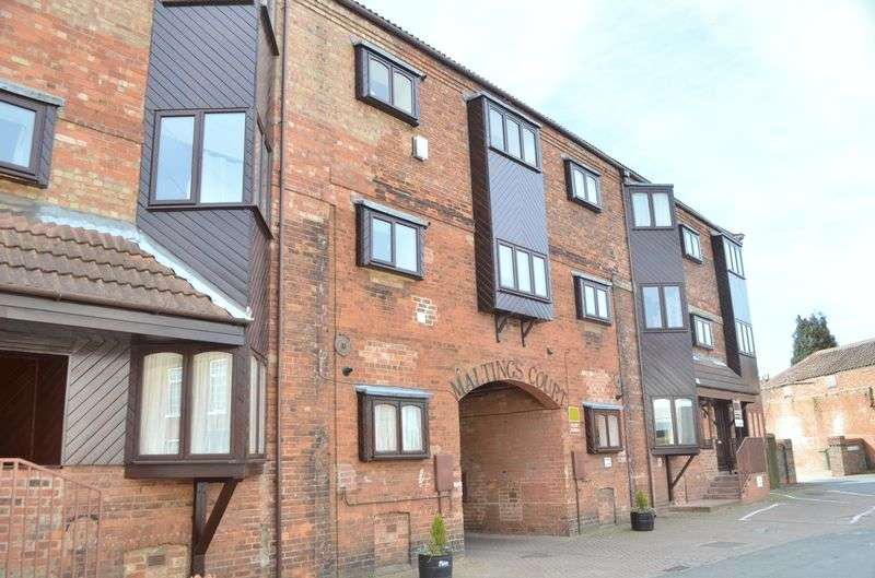 3 Bedrooms Flat for sale in The Maltings, Market Rasen