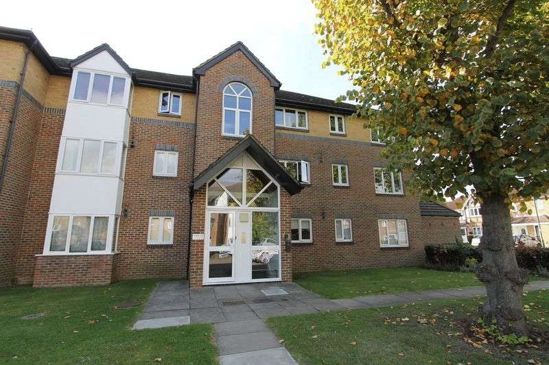 1 Bedroom Flat for sale in Cotswold Way, Worcester Park