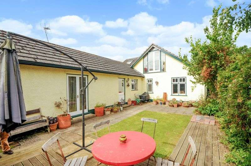 5 Bedrooms Detached House for sale in Steventon Road, Drayton, Abingdon