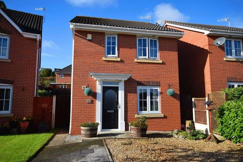 3 Bedrooms Detached House for sale in Sapphire Drive, Milton