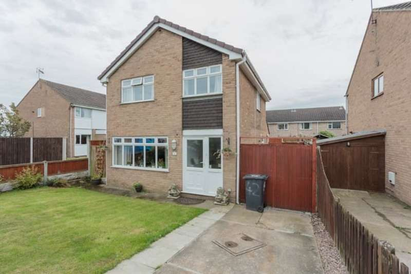 3 Bedrooms Detached House for sale in Langdale Drive, Long Eaton, Nottinghamshire, NG10