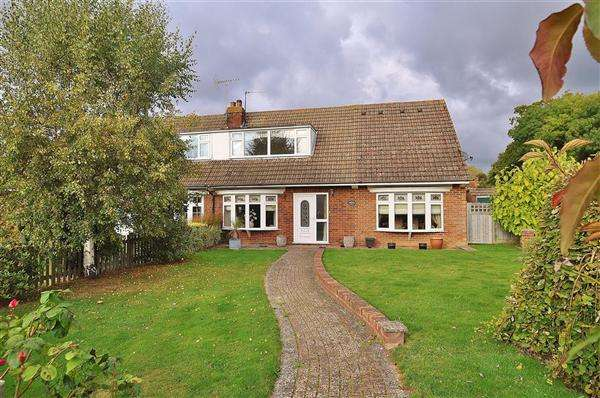 3 Bedrooms Bungalow for sale in Ashford TN26