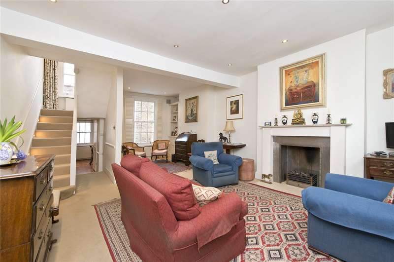 3 Bedrooms Terraced House for sale in Hillgate Place, London, W8