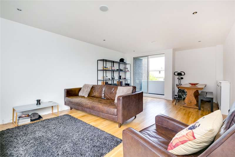 1 Bedroom Flat for sale in Valiant House, Vicarage Crescent, SW11