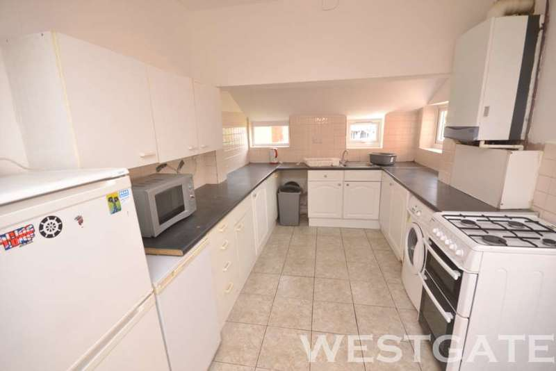 5 Bedrooms Terraced House for rent in Pitcroft Avenue, University Area