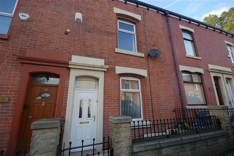 2 Bedrooms Property for sale in Wellington Road, Blackburn