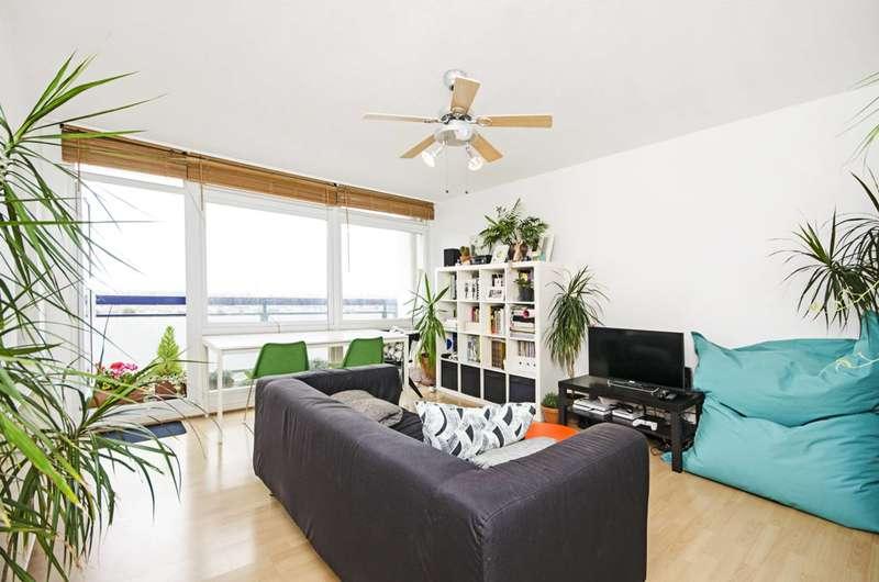 1 Bedroom Flat for sale in Daubeney Road, Clapton, E5