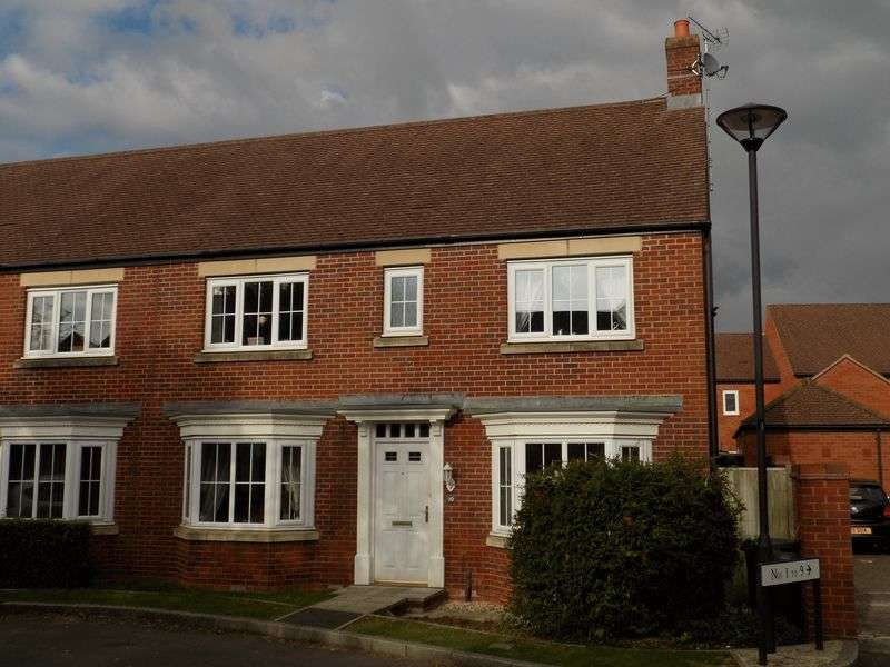 4 Bedrooms Semi Detached House for sale in Mir Crescent, Oakhurst