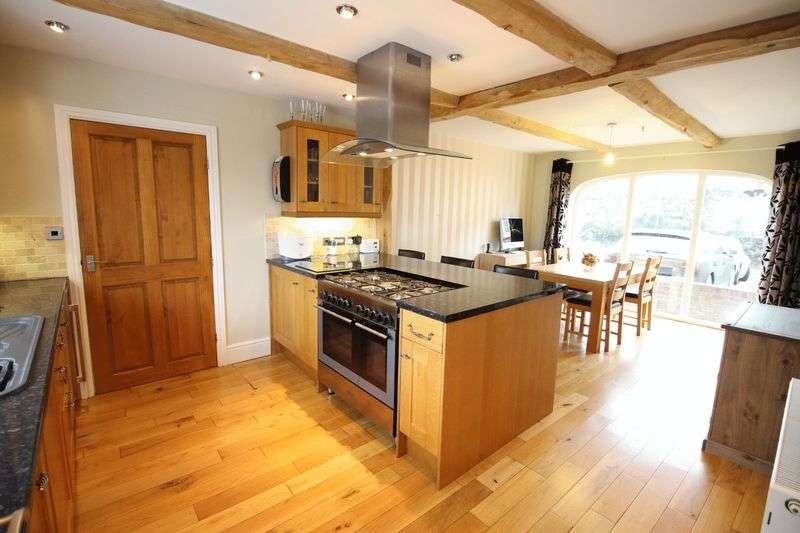 4 Bedrooms Semi Detached House for sale in Ebberston, Scarborough