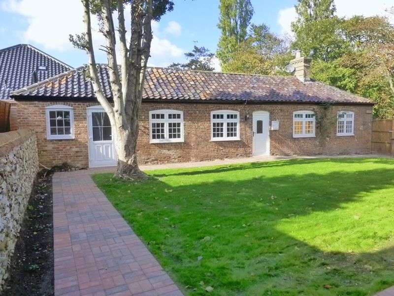 2 Bedrooms Detached House for sale in Stalham