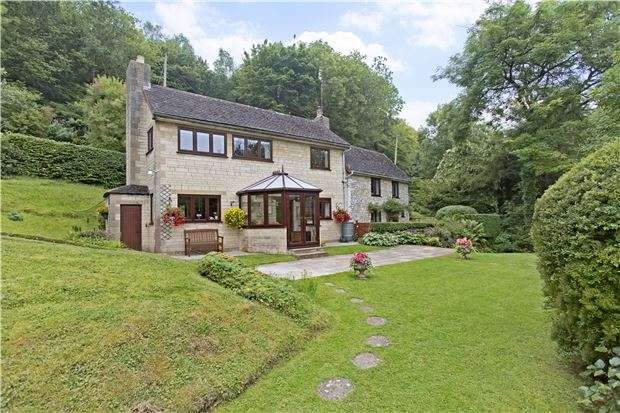 2 Bedrooms Cottage House for sale in Bisley, Stroud, Gloucestershire
