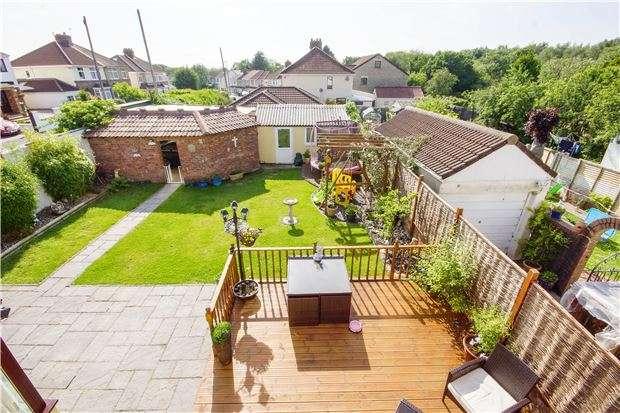 5 Bedrooms Detached House for sale in Memorial Road, Hanham, BS15 3JW