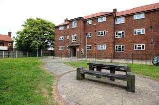 1 Bedroom House for sale in Swiftsden Way, Bromley