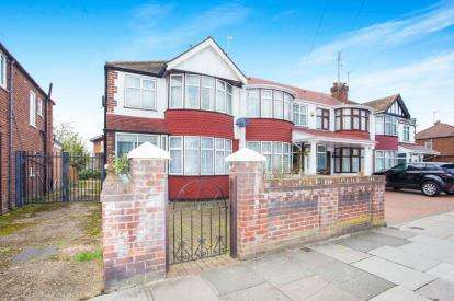 3 Bedrooms End Of Terrace House for sale in Thames Avenue, Perivale, Greenford