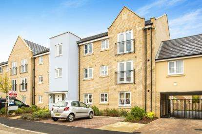 2 Bedrooms Flat for sale in Buttercup Avenue, Eynesbury, St Neots, Cambs