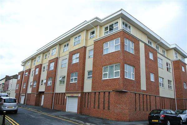 2 Bedrooms Apartment Flat for sale in The Maltings, Yorkshire Street, Blackpool