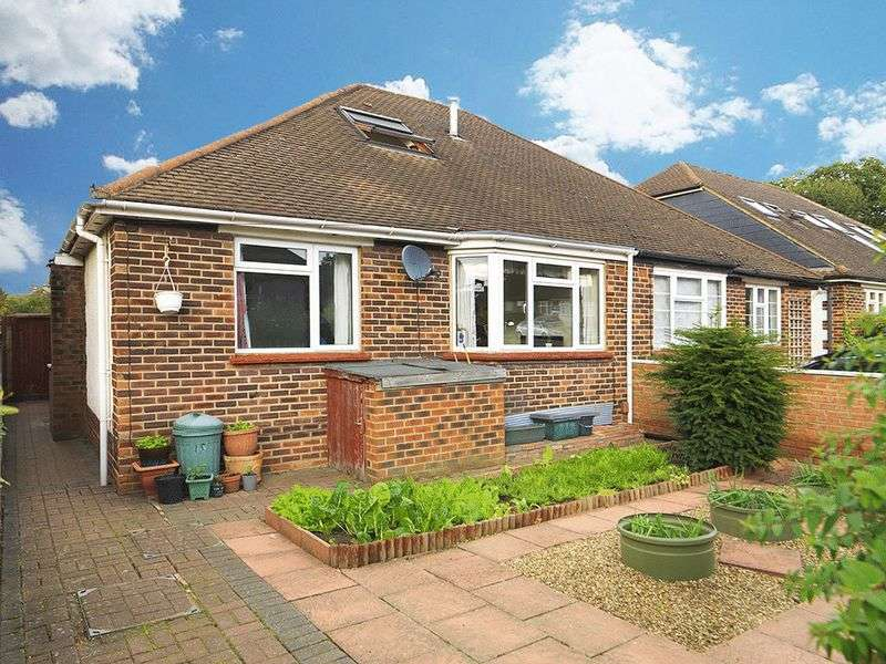 3 Bedrooms Semi Detached Bungalow for sale in Wingfield Road, Kingston, KT2