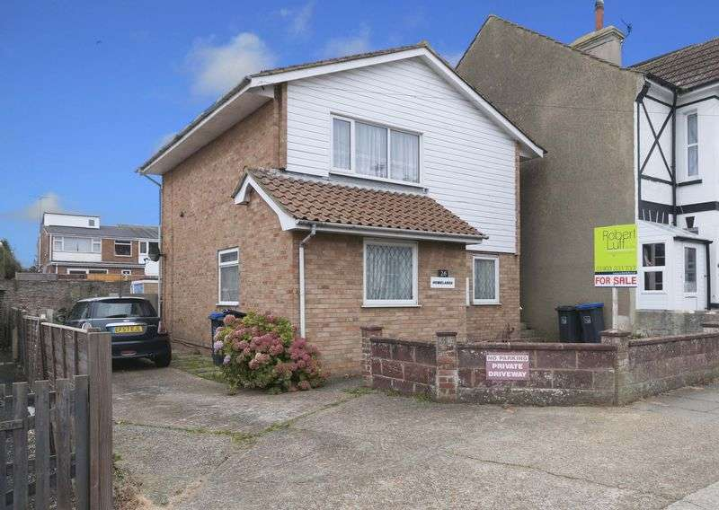 3 Bedrooms Flat for sale in Roberts Road, Lancing