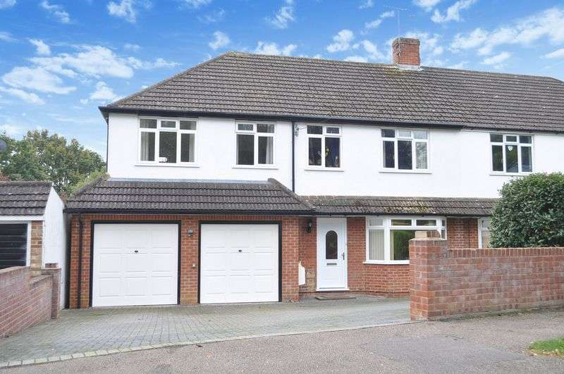 4 Bedrooms Semi Detached House for sale in Hilley Field Lane, Leatherhead