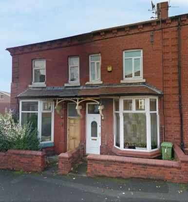 3 Bedrooms Terraced House for sale in Hillside Avenue, Oldham, Lancashire, OL4 1LH