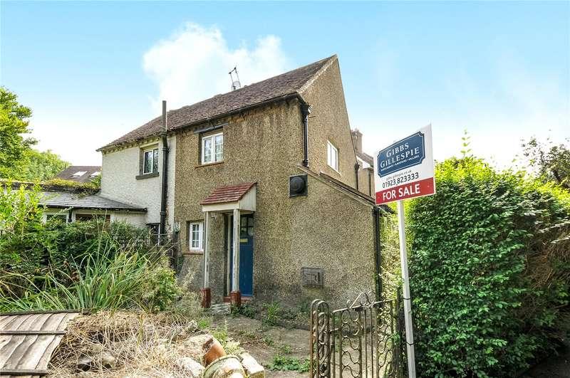 2 Bedrooms Cottage House for sale in Hills Lane, Northwood, Middlesex, HA6