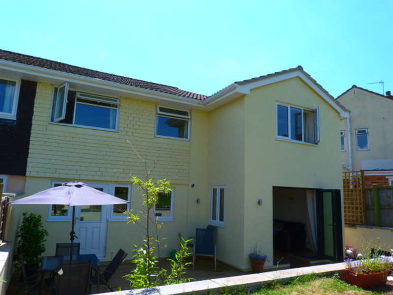4 Bedrooms Semi Detached House for sale in Dixton Close, Monmouth